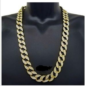 Other - Men's cuban link 18MM 30inch gold iced out chain